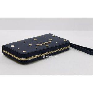 177ee5420fc MICHAEL Michael Kors Bags - Michael Kors jet Set Large Flat MF Phone Case